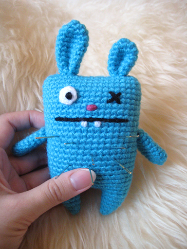 Amigurumi Ugly Doll : Ugly bunny pincushion and bag charm (with patterns) - CROCHET